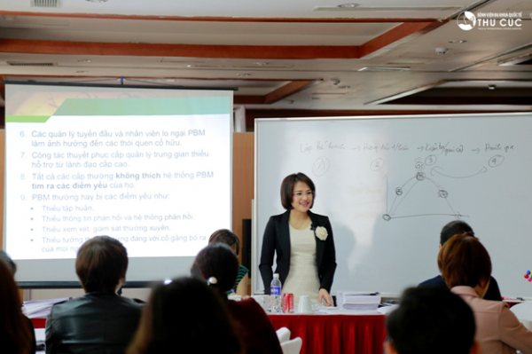 """""""Share knowledge, give experience"""" said Mrs. Nguyen Thu Cuc – Chairwoman of Zinnia Corporation"""