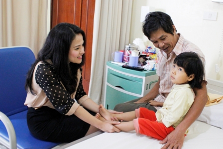 """We will truly enjoy this Tet holiday because my daughter has undergone the heart surgery successfully"""